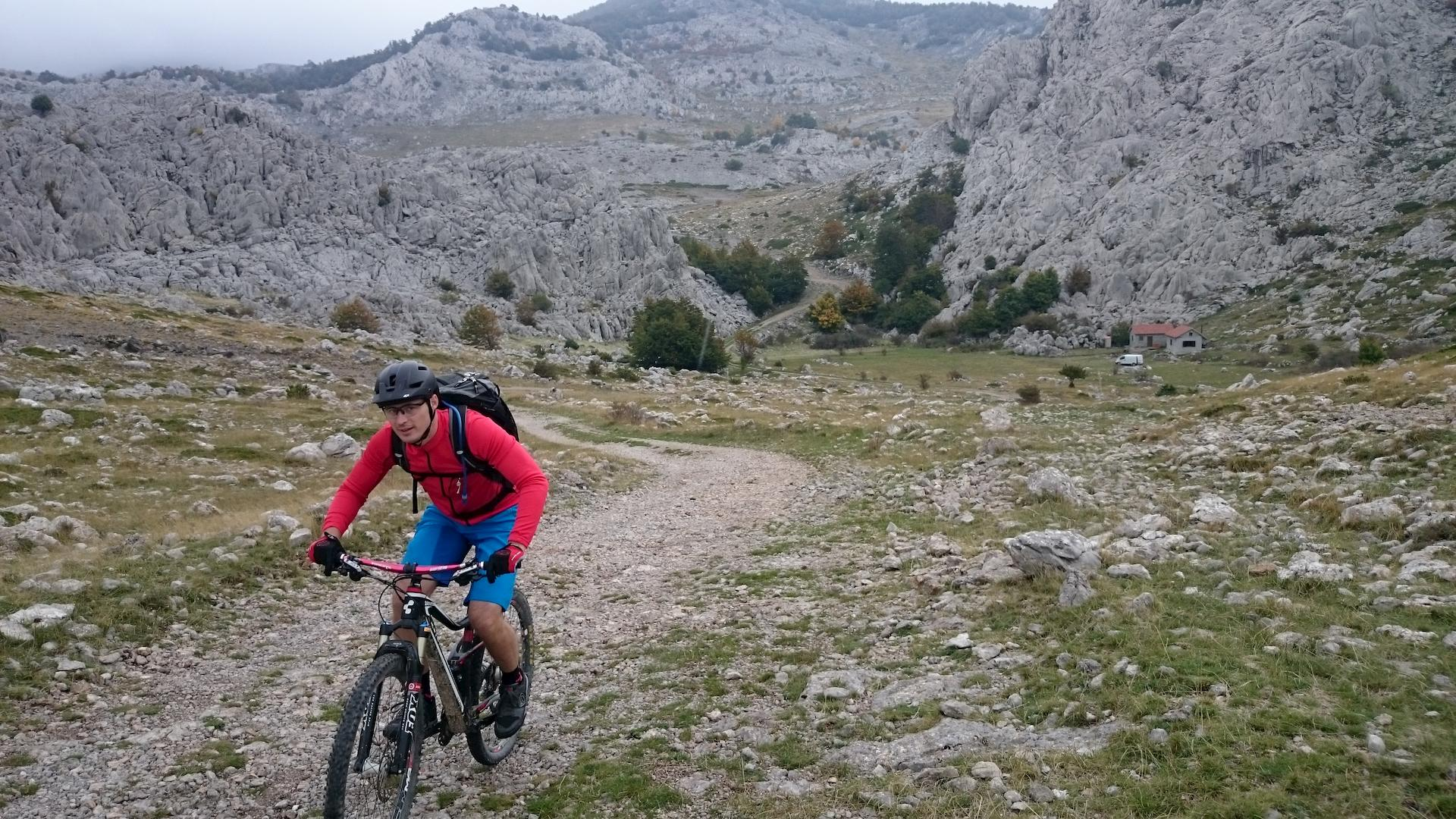 Gravel road, bike tour